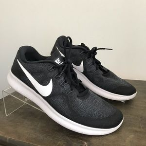 ab58336e56eb Men s Nike Free 4.0 Flyknit Shoes on Poshmark